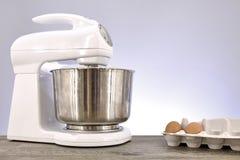 Misturador de alimento elétrico Fotografia de Stock Royalty Free