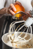 Misturador de massa para o bolo Fotos de Stock Royalty Free