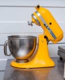 Misturador, misturador de massa: tabela do corte Imagem de Stock Royalty Free