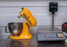 Misturador, misturador de massa: tabela do corte Imagem de Stock