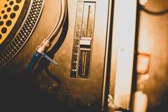 Misturador do DJ no sepia fotografia de stock royalty free