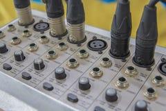 Misturador do estúdio da música de Digitas não limpo em Tailândia fotografia de stock royalty free