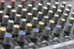 Misturador para o controle o som e a música imagem de stock