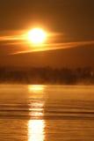 misty ανατολή ποταμών Στοκ εικόνα με δικαίωμα ελεύθερης χρήσης