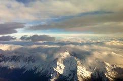 Misty Alps da sopra Immagini Stock
