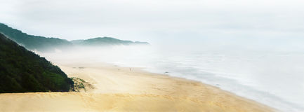Misty beach Royalty Free Stock Photography