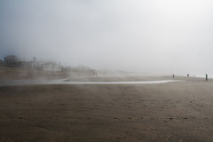 Misty day by the beach Royalty Free Stock Images