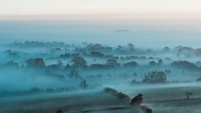 Misty Farm Fields, Wharfedale, North Yorkshire photographie stock