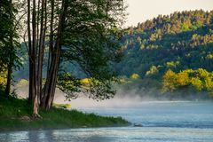 Free Misty Morning By The River Royalty Free Stock Photo - 117876485