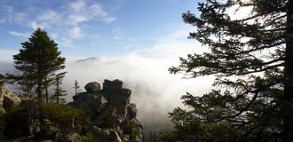 Misty Morning In The Mountains Royalty Free Stock Photography