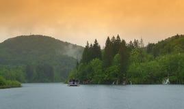 Misty mountain lake Royalty Free Stock Photos