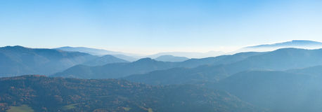 Misty mountain range panorama Royalty Free Stock Images