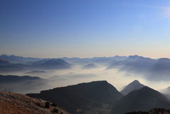 Misty mountains landscape Royalty Free Stock Photography