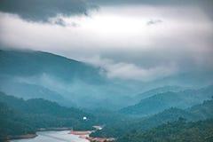 Misty Peak, Tai Mo Shan fotografia stock libera da diritti