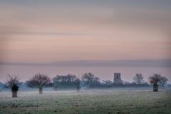 Misty View della chiesa Felbrigg Corridoio del ` s di St Margaret Fotografie Stock