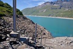 Misura del livello d'acqua della diga Fotografia Stock Libera da Diritti