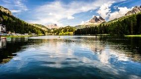Misurina湖视图,意大利 免版税库存照片