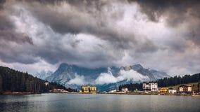 Misurinameer in de Dolomietbergen in Italië dichtbij Auronzo D Stock Foto