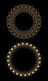 Mit Filigran geschmückte goldene dekorative Rahmen, Kreisrahmen auf schwarzem Hintergrund Gestaltungselemente für Aufkleber, Menü Stockfotos
