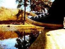 Mit Ihren Füßen aus den Grund Stockfoto