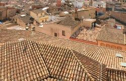 Mit Ziegeln gedeckte Dächer Stockfoto
