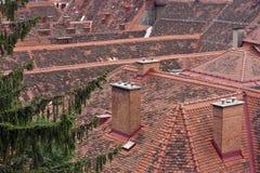 Mit Ziegeln gedeckte Dächer von Graz Stockfotografie