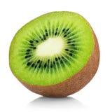 Mitad de la fruta de kiwi madura aislada en blanco Fotografía de archivo libre de regalías