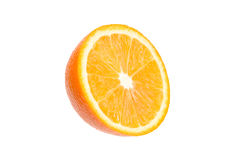 Mitad de la naranja jugosa en un fondo blanco Imagen de archivo libre de regalías
