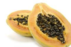 Mitad dos de la papaya Fotografía de archivo libre de regalías