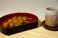 Mitarashi doux embroche la boulette Photo libre de droits
