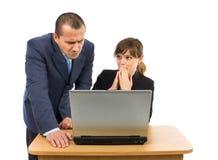 Mitarbeiter, die geschäftliche Probleme haben lizenzfreie stockfotos
