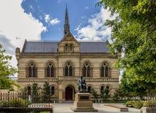 Mitchell Building, universitet av Adelaide, sydliga Australien p? en solig dag arkivfoton