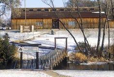 Mitchell Prehistoric Indian Village in de Wintersneeuw, BR Stock Fotografie