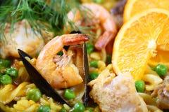 Mitili dei frutti di mare di scampi del Paella Fotografia Stock