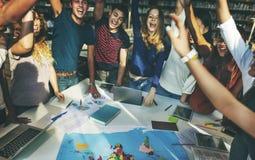 Mitschüler feiern Team Group Community Concept Stockfoto