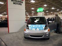 Mitsubishi dreht 100% elektrisches Vechicle durch Lizenzfreie Stockbilder
