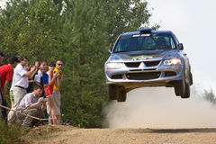 Mitsubishi Lanceк jumps on rally Stock Photography