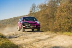Mitsubishi Lancer Evo IX konkurrerar på ettåriga växten samlar Galicia Fotografering för Bildbyråer
