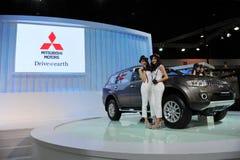 Mitsubishi Outlander op Vertoning bij een Show van de Motor Stock Afbeelding