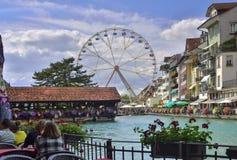 Mitt av den Thun staden från Schweiz Royaltyfria Bilder