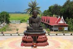 Mitt för docka för förbudsmällSadet domstol i Ang Thong, Thailand arkivbild