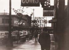 Mitt för offentlig marknad i i stadens centrum Seattle, 1982, USA Arkivbilder