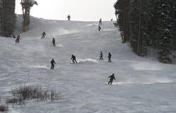 Mitt- säsongskidåkning på Breckenridge skidar semesterorten arkivbild