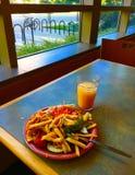 Mittagessen an der Cafeteria Lizenzfreie Stockbilder