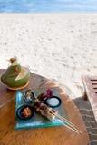Mittagessen durch den Strand Stockfoto
