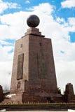 Mitte der Welt, Mitad Del Mundo, Äquator, Südamerika lizenzfreies stockfoto