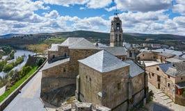 Mitte des historischen Schleppseiles von Puebla de Sanabria stockfotografie