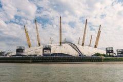Mitte O2 nahe bei der Themse, London Stockbild
