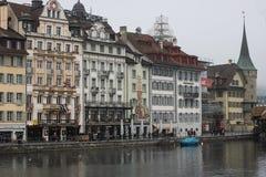 Mitte von Lutzern, die Schweiz in der grauen Farbe Dezember 2017 redaktionell lizenzfreie stockfotos