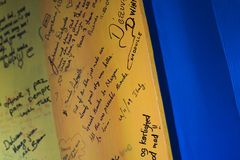 Mitteilungen auf einem Brett, Pushkar-Kamel angemessen, Pushkar, Aj Lizenzfreies Stockfoto